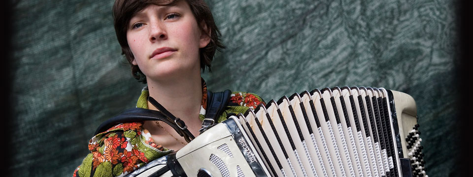 accordionist for wedding