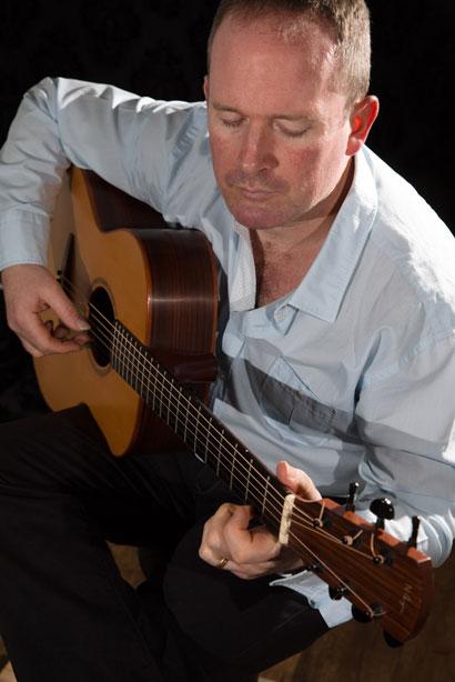Geoff Robb - Guitarist