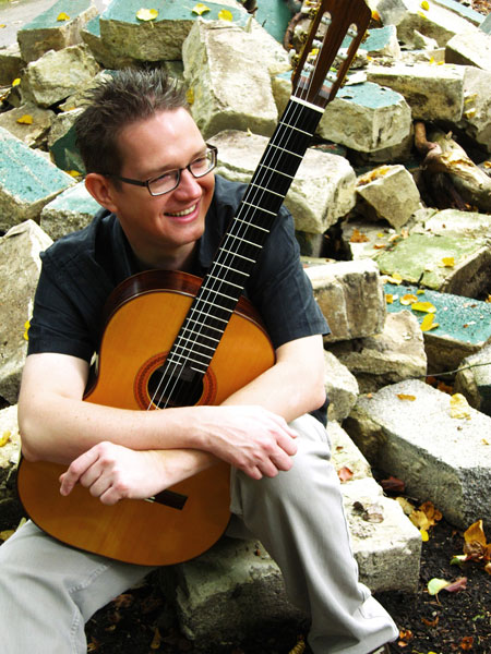 Martin Homes - Classical Guitarist