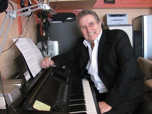 Dan Mayhew - Popular Pianist