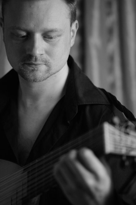 Jonathan Atkins - Lute Player & Classical Guitarist