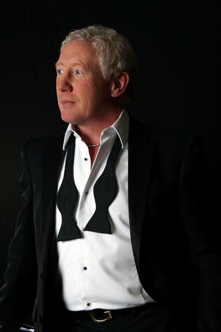 Grant Pace - Swing Singer