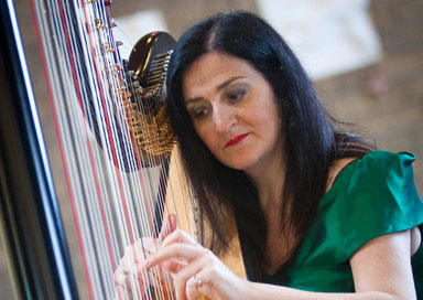 The Londonderry Harpist - Harpist, Singer & Pianist