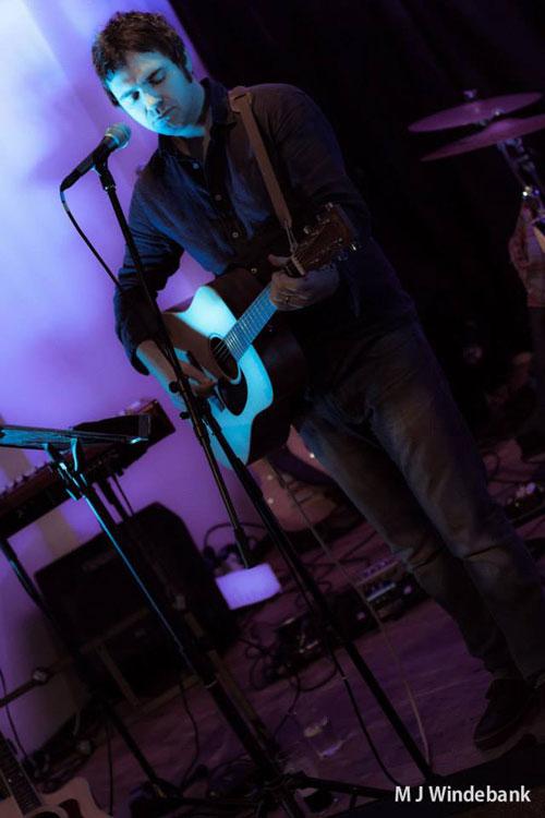 Daniel McKellan - Singer/Guitarist