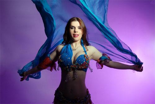 Zara the Bellydancer - Bellydancer