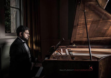The London Bollywood Pianist -  Bollywood & Popular Pianist