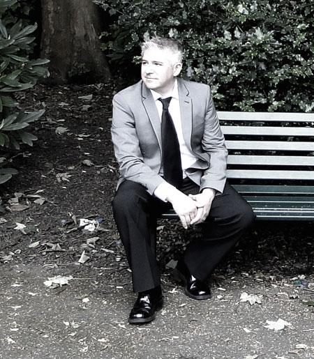 Jon Holmes - Solo Singer