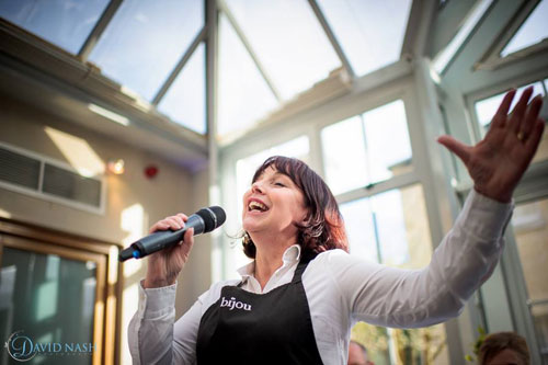 The Singing Waiters - Super Singing Waiters