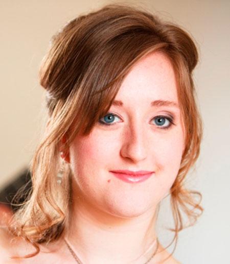 Amanda Perrin -  Classical Guitarist