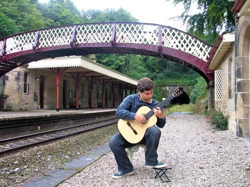 Tim Pearson - Classical Guitarist