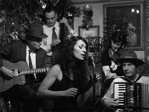 The French Duo - French Singer & Accordion Duo