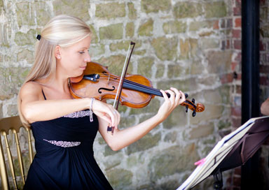 Emily Towner - Solo Violinist