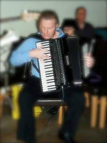Shaun - Accordionist