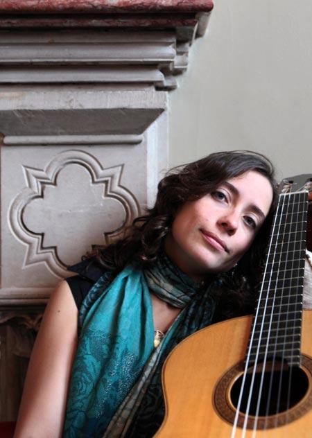 Marie Cortez - Spanish Guitarist