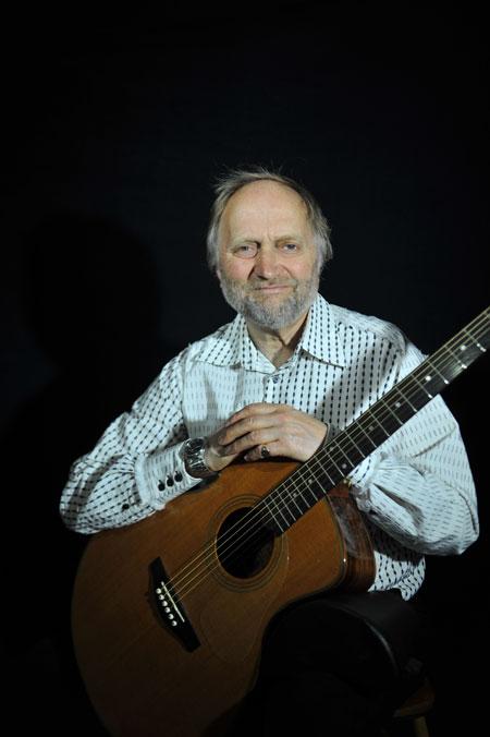 The Devon Classical Guitarist - Classical Guitarist