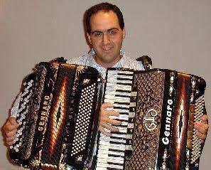 Antonio - Italian Accordionist & Vocalist
