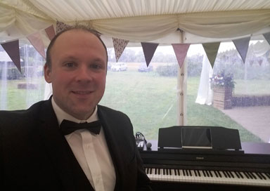 The Warwickshire Pianist picture