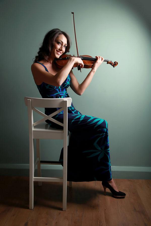 The London Violin Player - Solo Violinist