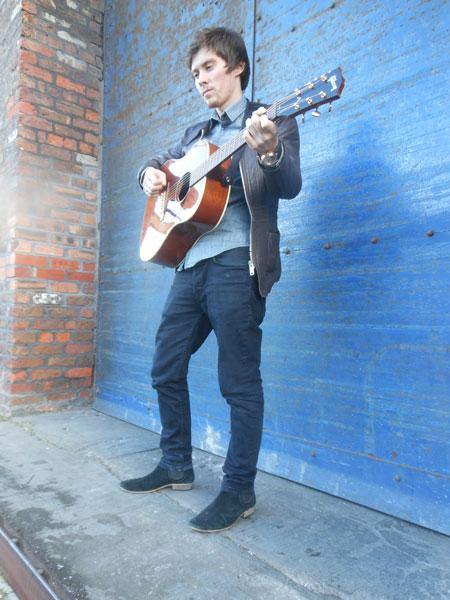 Jem Parks - Singer/Guitarist
