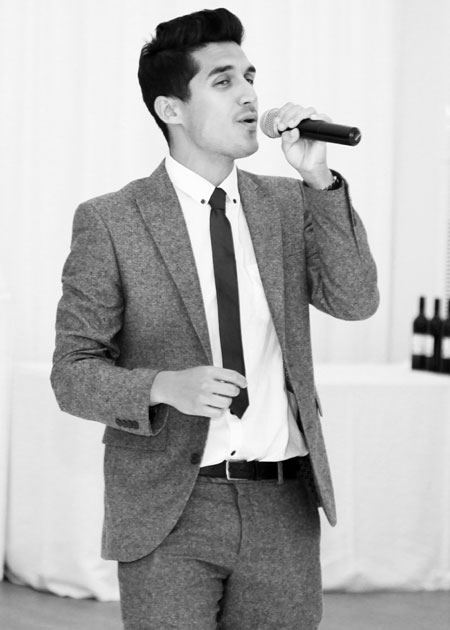 The Essex Wedding Singer - Solo Male Vocalist