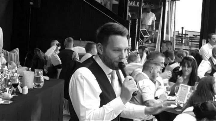 Viva Singing Waiters - Singing Waiters