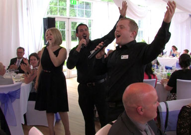 Viva Singing Waiters - Singing Waiters