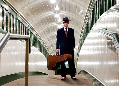 Atomic V - Swing Guitarist