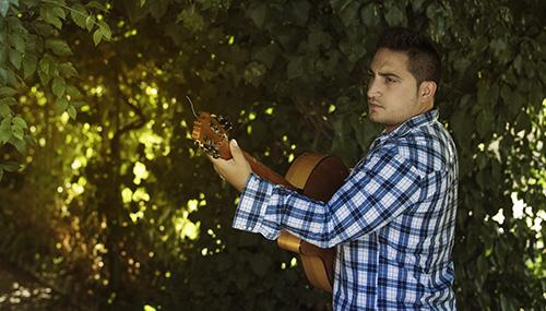 The Spanish Flamenco Singer - Spanish/Flamenco Singer and Guitarist