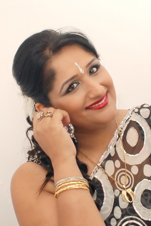 Ladies Sangeet Group London - Ladies Sangeet Group