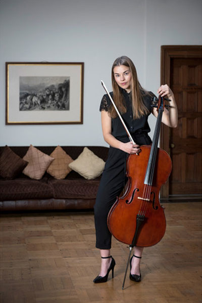 The Sussex Cellist - Cellist