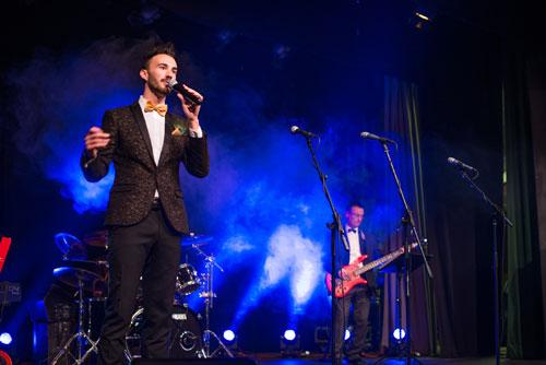 The Bristol Swing Singer - Solo Singer