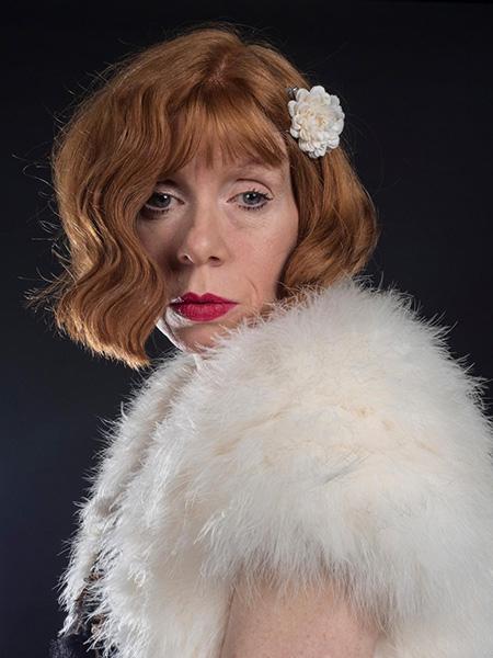 Linda Sings - Vintage Singer