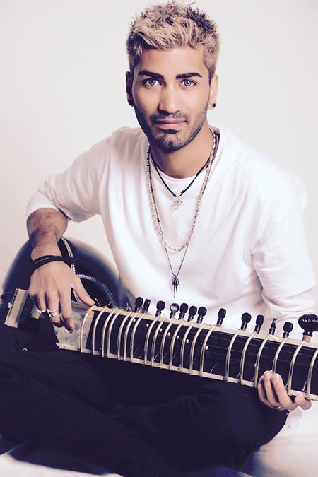 The Leicester Sitarist - Indian Clasical Sitar Player