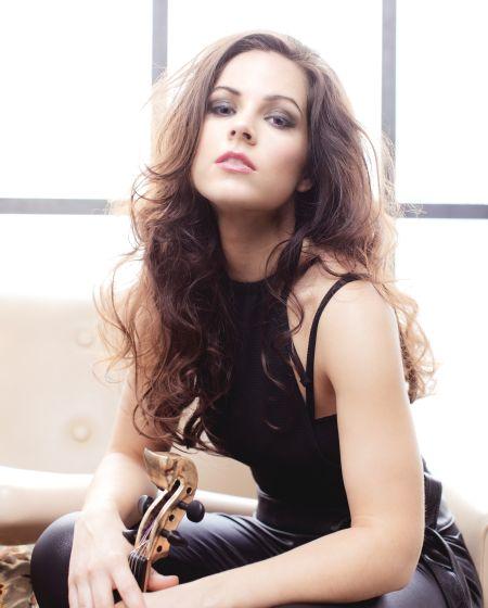 Jasmin Small - Classical Violinist