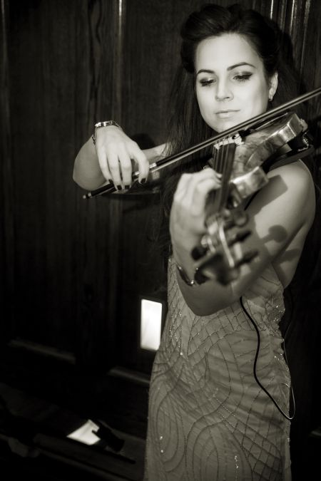 Jasmin Small - Classical Violinist