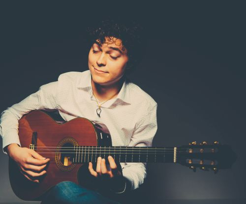 The Italian Guitarist - Solo Classical Guitarist