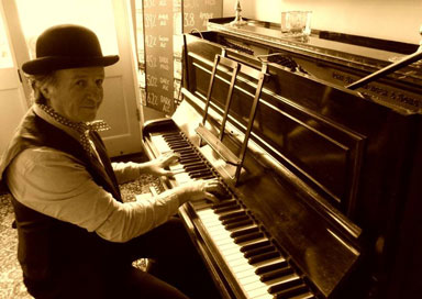 The Cockney Pianist picture