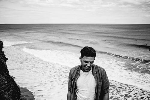 The Acoustic Man - Solo Acoustic Singer/Guitarist