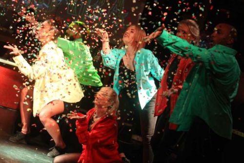 The Flash Mob - Flash Mob Dancers & Singers