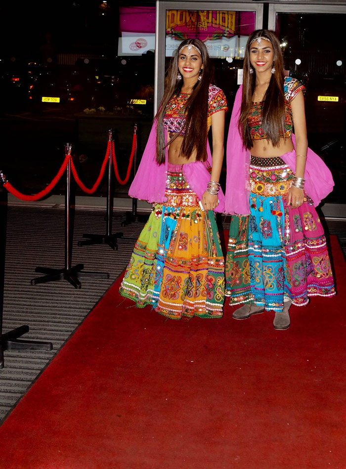 The Bollywood Sisters - Bollywood Dancers