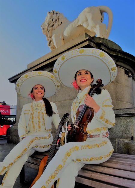 Mariachi Bella - Female Mariachi Duo