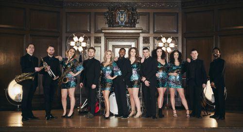 Showband Supreme - Luxury International Showband
