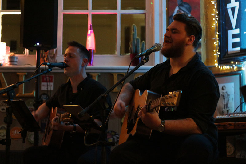 The Dovetails - Acoustic Duo