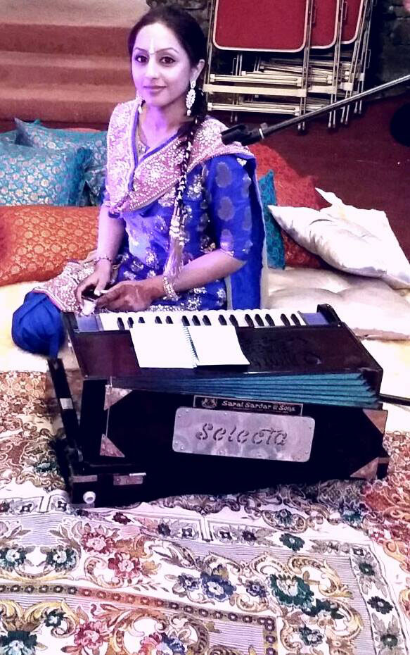 The Midlands Sangeet Singer - Traditional Sangeet Duo