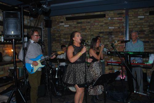 The Tonbridge Party Band - Wedding Band