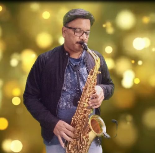 The Bollywood Saxophonist - Saxophonist