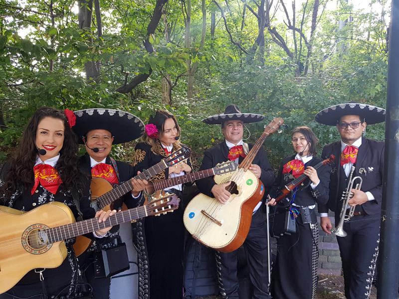 Mariachi Moreno - Mariachi Band