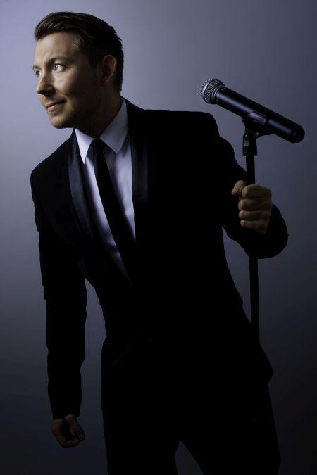 Luke De Marigny - Solo Swing, Jazz & Pop Singer