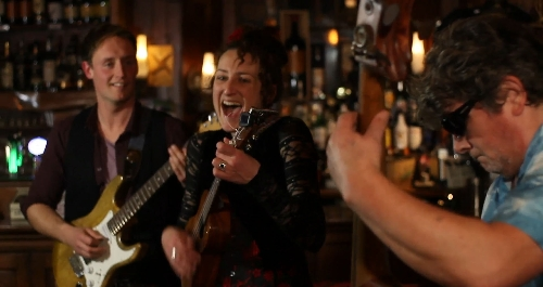 Co Clare Americana Band - Looking for a folk band in Co Clare? This highly entertaining and interactive ba
