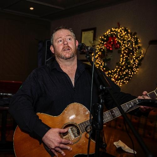 The Dublin Wedding Guitarist & Singer - Pop Guitar & Vocals
